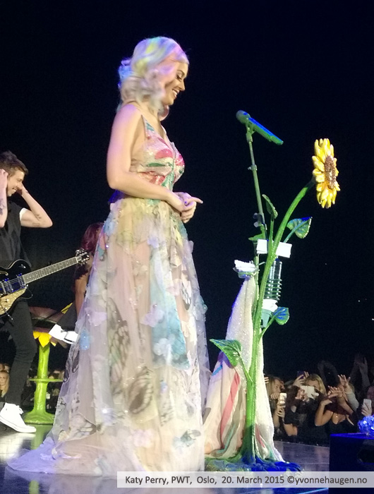Katy-Perry-PWT-OSLO_07